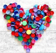coeur en bouchons plastique.jpg